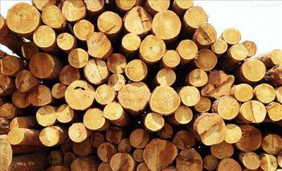 家用浴室柜什么材料好?橡木与PVC材质价格、环保、耐用性分析